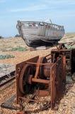 老渔船和绞盘 免版税库存照片