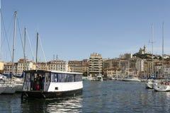老渡轮在马赛港口法国 法国6月15日2006年马赛 免版税库存照片
