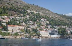老港口在杜布罗夫尼克 亚得里亚海的克罗地亚城市,Gruz达尔马提亚港的区域向奥尔德敦 图库摄影