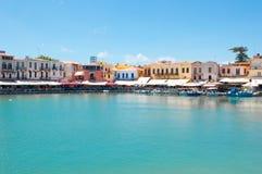 老港口的看法 罗希姆诺,克利特海岛,希腊 免版税库存图片