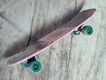 老滑板 免版税库存图片