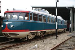 老火车命名了是理事车荷兰铁路的Kameel骆驼 免版税库存图片