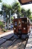 老火车在马略卡,西班牙。 免版税库存照片