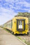 老火车,达喀尔,塞内加尔的被放弃的火车站 免版税库存图片