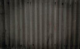 老灰色混凝土墙纹理有缝制的handprints和螺栓的 r o 库存照片