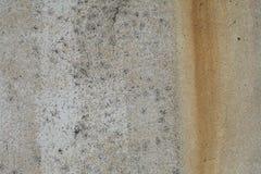 老灰色生锈的概略的混凝土墙纹理 库存照片