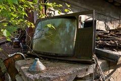 老烂掉20世纪70年代电视 免版税图库摄影