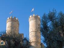 老热那亚波尔塔索普拉纳著名门Crenellated塔  库存图片