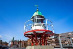 老烽火台或小灯塔在汉堡Hafencity 免版税图库摄影