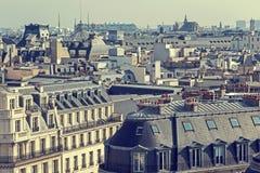 老照片有鸟瞰图和屋顶在巴黎 免版税库存照片