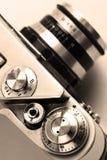 老照相机。乌贼属。时髦的减速火箭的背景。 免版税库存照片