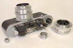 老照相机的测距仪设备没有盖子和集合的 免版税图库摄影