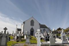 老爱尔兰教会和坟园在Kincasslagh 免版税库存照片
