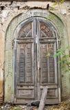 老牌木门教会门在首都第比利斯 库存照片
