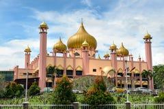 老状态清真寺在古晋 库存照片