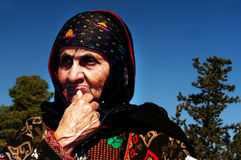 老犹太也门妇女 免版税图库摄影