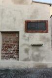 老犹太教堂的废墟 免版税库存照片