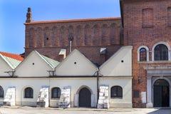 老犹太教堂,Szeroka街道在犹太区卡济梅尔兹,克拉科夫,波兰 免版税库存照片