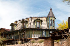 老狂放的西部亚利桑那镇家 免版税图库摄影