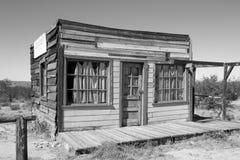 老狂放的西部镇电影布景在亚利桑那 库存照片