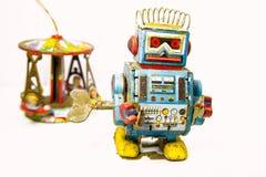 老生锈在机器人玩具 免版税库存图片