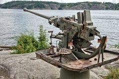 老生锈的反航空器在斯德哥尔摩,瑞典附近开枪 免版税库存图片
