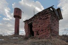 老生锈的水塔 图库摄影