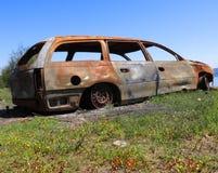 老生锈的汽车 免版税库存图片