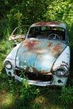 老生锈的汽车 免版税图库摄影