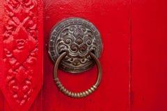 老生锈的门。 免版税库存照片