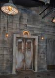 老电梯 免版税库存照片