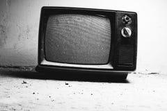 老电视在屋子里 库存图片