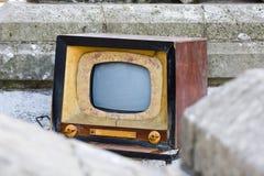 老电视,减速火箭的样式颜色 库存照片