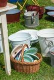 老盘和桶 库存图片