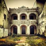老盛大被毁坏的中国传统建筑 库存图片