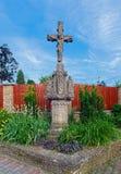 老石十字架在Heviz镇,匈牙利 免版税库存图片