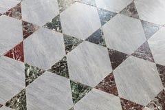 老石地板盖瓦,多角形样式 免版税库存照片