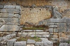 老石墙 布特林特古城 免版税图库摄影