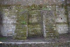 老石墙 免版税图库摄影