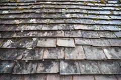 老石屋顶盖瓦,照片背景 图库摄影