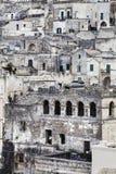 老石头大厦和古老意大利村庄在马泰拉在意大利 免版税库存照片