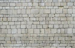 老石头层状墙壁 免版税图库摄影