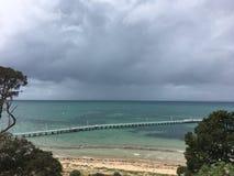 老码头,风雨如磐的天空 免版税库存图片