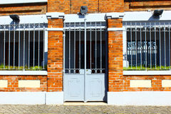 老砖瓦房在里斯本,葡萄牙 图库摄影
