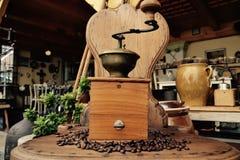 老磨咖啡器 图库摄影