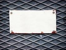 老空白的金属标志 库存图片