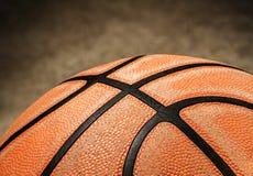 老篮球 图库摄影