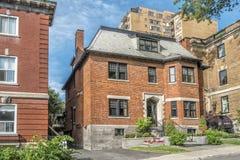 老红砖房子 免版税库存照片