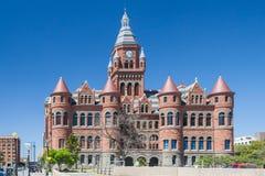 老红色博物馆,以前达拉斯县法院大楼在达拉斯,得克萨斯 免版税库存照片