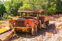 老红色卡车 免版税库存照片